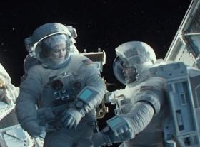 Gravity Clooney Bullock